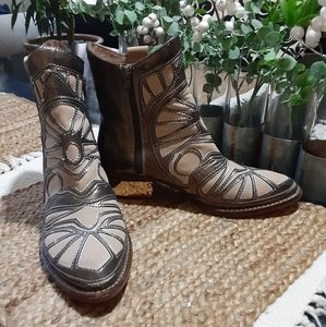 Shoes - Free People Jeffrey Campbell ankle boots
